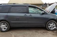 Toyota Sienna 2006 Beige for sale