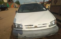 Need to sell used 1998 Toyota Sienna van automatic at cheap price