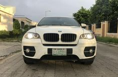 Need to sell white 2009 BMW X6 at price ₦3,700,000