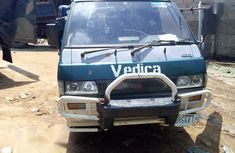 Sell well kept 2000 Mitsubishi L200 automatic at price ₦550,000