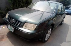 Need to sell cheap used 2000 Volkswagen Bora automatic in Lagos