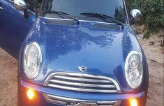 Selling 2007 Mini Cooper in good condition at mileage 172,580