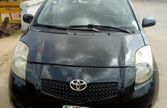Best priced black 2008 Toyota Yaris suv / crossover automatic in Lagos