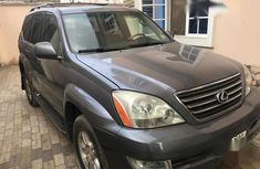Need to sell beige 2004 Lexus GX suv / crossover at price ₦3,500,000