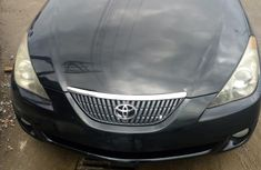 Need to sell high quality black 2004 Toyota Solara automatic in Lagos