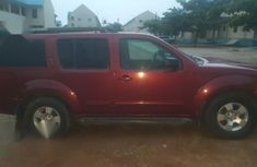 Nissan Pathfinder 2006 2.5 dCi Automatic Red for sale