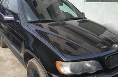 Sell cheap black 2001 BMW X5 at mileage 260,000