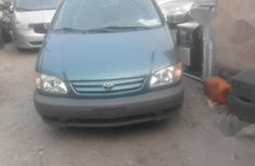 Clean and neat used green 2002 Toyota Sienna automatic in Lagos at cheap price