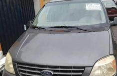 Sell grey 2005 Ford Windstar van  automatic