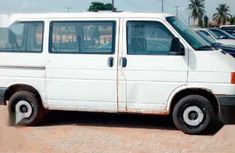 Need to sell cheap used white 1993 Volkswagen Transporter manual