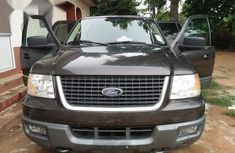 Clean brown 2006 Ford Expedition automatic car at attractive price