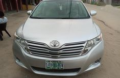 Clean and neat grey/silver 2009 Toyota Venza suv at price ₦3,850,000 in Warri