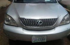Need to sell cheap used grey/silver 2004 Lexus RX automatic in Owerri