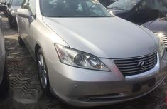 Need to sell cheap used grey 2009 Lexus ES sedan in Port Harcourt