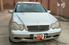 Sparkling grey 2004 Mercedes-Benz C200 for sale