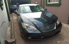 Need to sell high quality black 2009 Lexus ES sedan automatic in Lagos