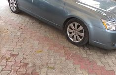 Grey/silver 2006 Toyota Avalon automatic at mileage 193,617 for sale
