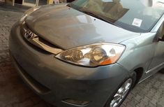 Sell high quality 2006 Toyota Sienna automatic in Oshodi-Isolo
