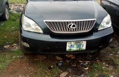 Used 2005 Lexus RX car automatic at attractive price in Surulere