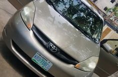 Gold 2006 Toyota Sienna car at attractive price in Lagos