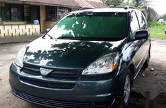 Toyota Sienna 2004 LE AWD (3.3L V6 5A) Green for sale