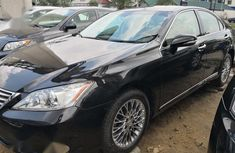 Sell clean used 2012 Lexus ES at mileage 38,000 in Port Harcourt