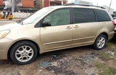Sell high quality 2004 Toyota Sienna automatic in Surulere