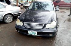 Need to sell black 2004 Mercedes-Benz C200 at mileage 60 in Uyo
