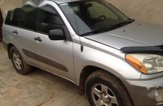 Toyota RAV4 2003 Automatic Gray for sale