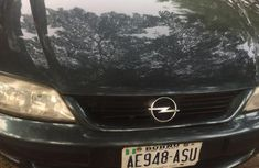 Need to sell high quality 2006 Opel Vectra at price ₦800,000
