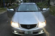 Sell well kept grey 2004 Honda Accord automatic at mileage 132,000