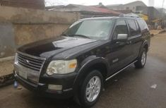 Sell sparkling 2007 Ford Explorer suv automatic