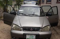 Well maintained 2007 Kia Carens for sale in Ughelli