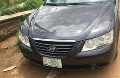 Selling 2009 Hyundai Sonata automatic in good condition at price ₦1,200,000