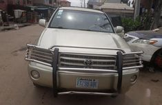 Used 2001 Toyota Highlander car at attractive price in Lagos