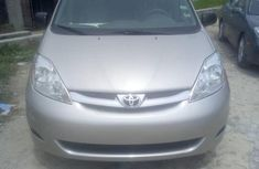 Grey 2009 Toyota Sienna car automatic at attractive price in Lagos
