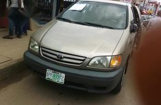 Sell 2002 Toyota Sienna at price ₦1,350,000 in Ikeja