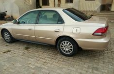 Selling 2001 Honda Accord automatic in good condition