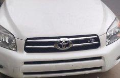 Toyota RAV4 2008 Limited V6 White for sale