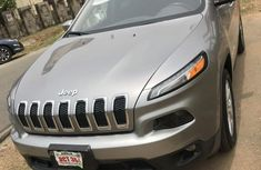 Sell used 2015 Jeep Cherokee automatic at mileage 52,000