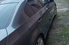 Sell grey/silver 2006 BMW 550i automatic at mileage 135