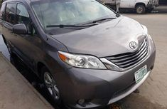 Grey/silver 2010 Toyota Sienna car at mileage 800 at attractive price
