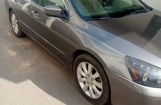 Selling 2006 Honda Accord automatic in good condition