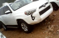 Used white 2015 Toyota 4-Runner for sale at price ₦13,000,000 in Abuja