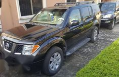 Clean and neat used black 2005 Nissan Pathfinder automatic in Lagos at cheap price