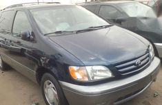 Toyota Sienna 2001 Blue for sale