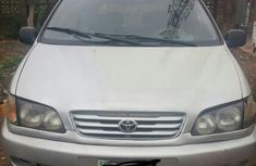 Need to sell used 2004 Toyota Picnic in Suleja at cheap price
