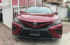 Toyota Camry 2018 SE FWD (2.5L 4cyl 8AM) Red for sale