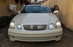 White 2004 Lexus GS car sedan automatic in Lagos