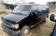 Ford Econoline 2005 Black for sale